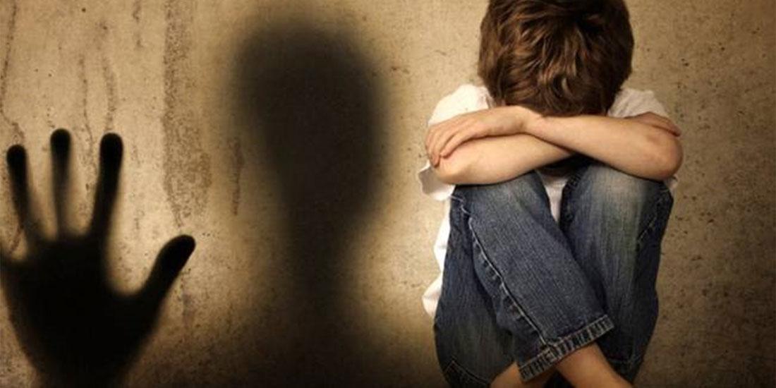 Έρευνα του ΑΠΘ για τη σεξουαλική κακοποίηση παιδιών έδειξε ότι στο 93% των περιπτώσεων δράστης ήταν γνωστός του θύματος