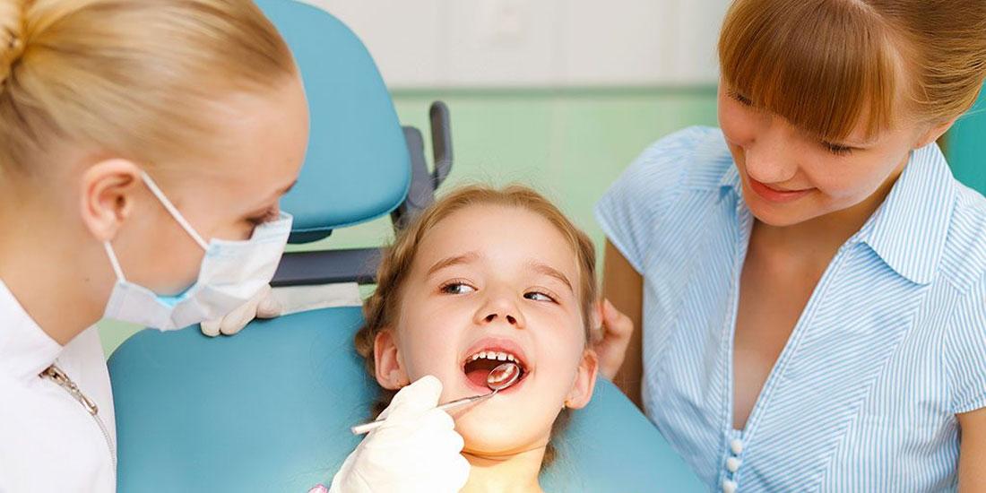 Προληπτική και θεραπευτική οδοντιατρική φροντίδα για παιδιά από τον ΕΟΠΥΥ