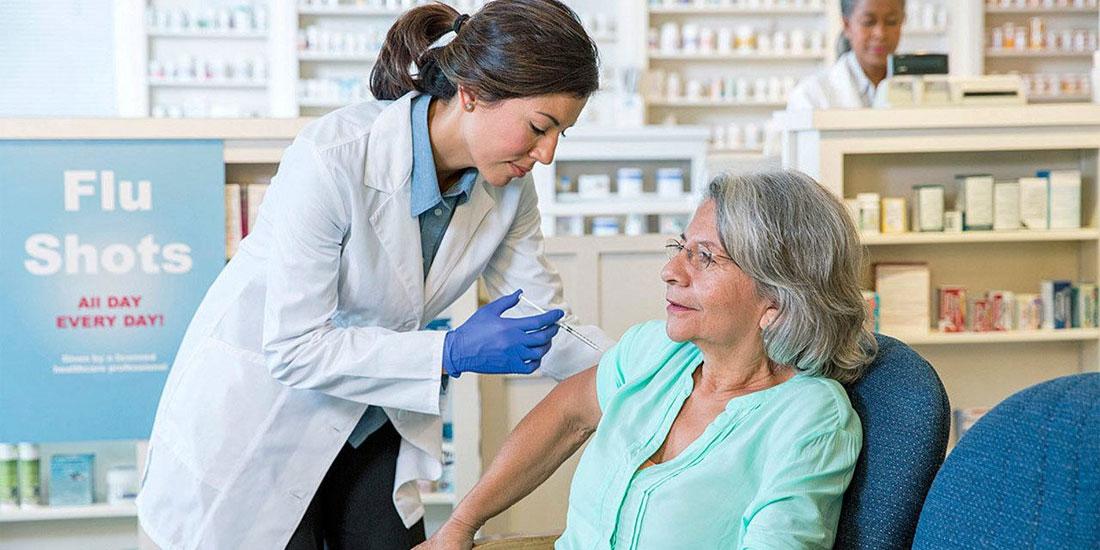Μήπως έφτασε επιτέλους η ώρα του διαλόγου με αφορμή τις ενστάσεις για τον εμβολιασμό στα φαρμακεία;