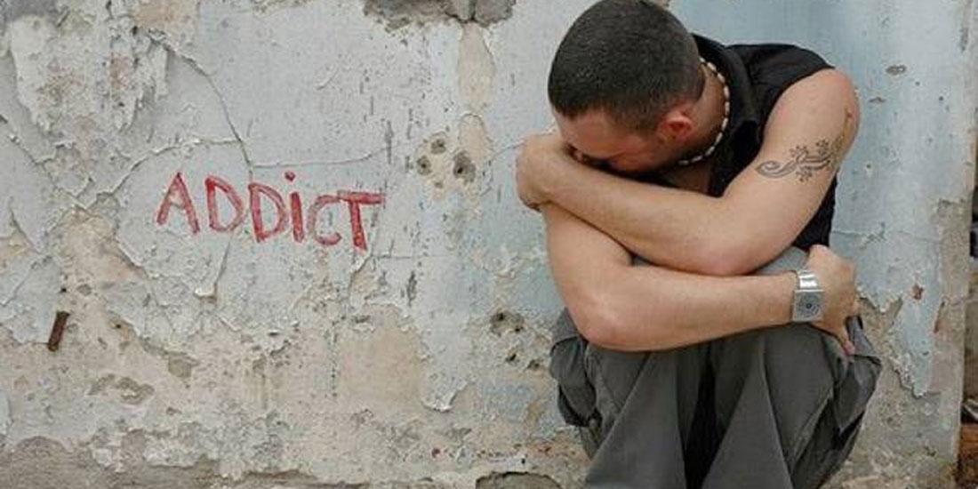 Βροντερό «Όχι» των κατοίκων της Αθήνας στους χώρους εποπτευόμενης χρήσης ναρκωτικών