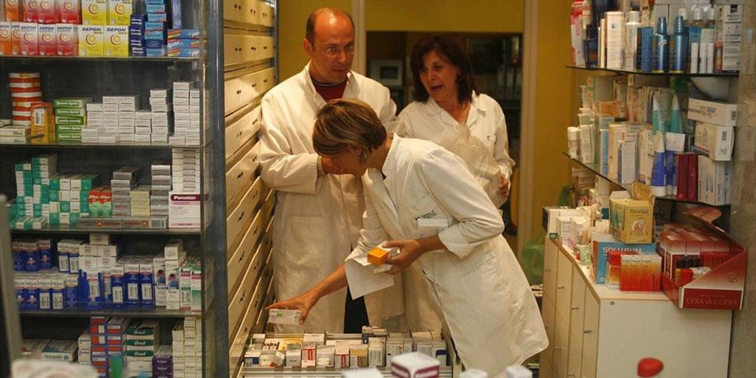 Τι προτείνει ο Πανελλήνιος Σύλλογος Φαρμακαποθηκαρίων για τη διάθεση των ΦΥΚ