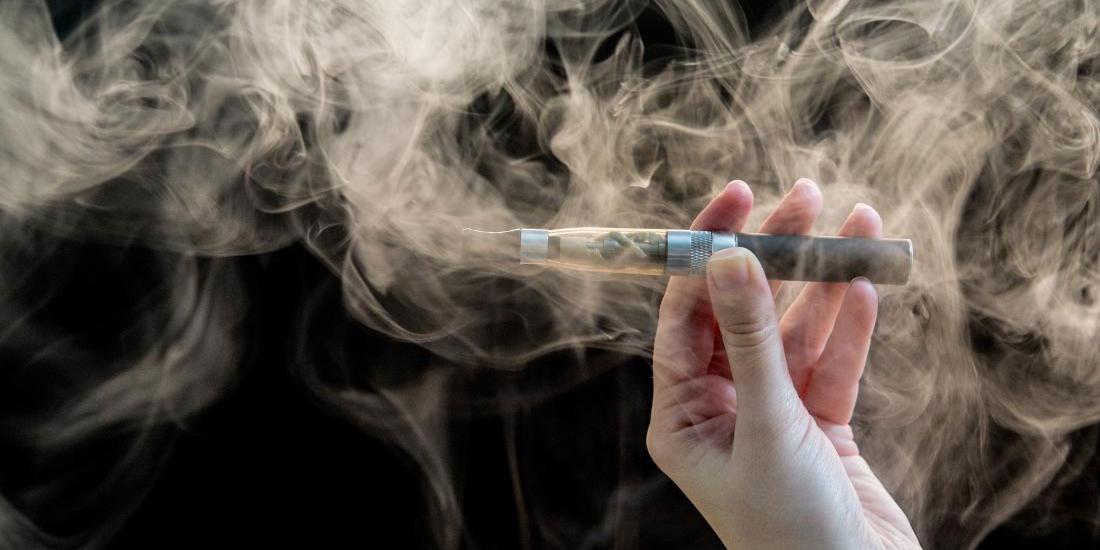 Καρδιολόγοι προειδοποιούν για τους κινδύνους του ηλεκτρονικού τσιγάρου
