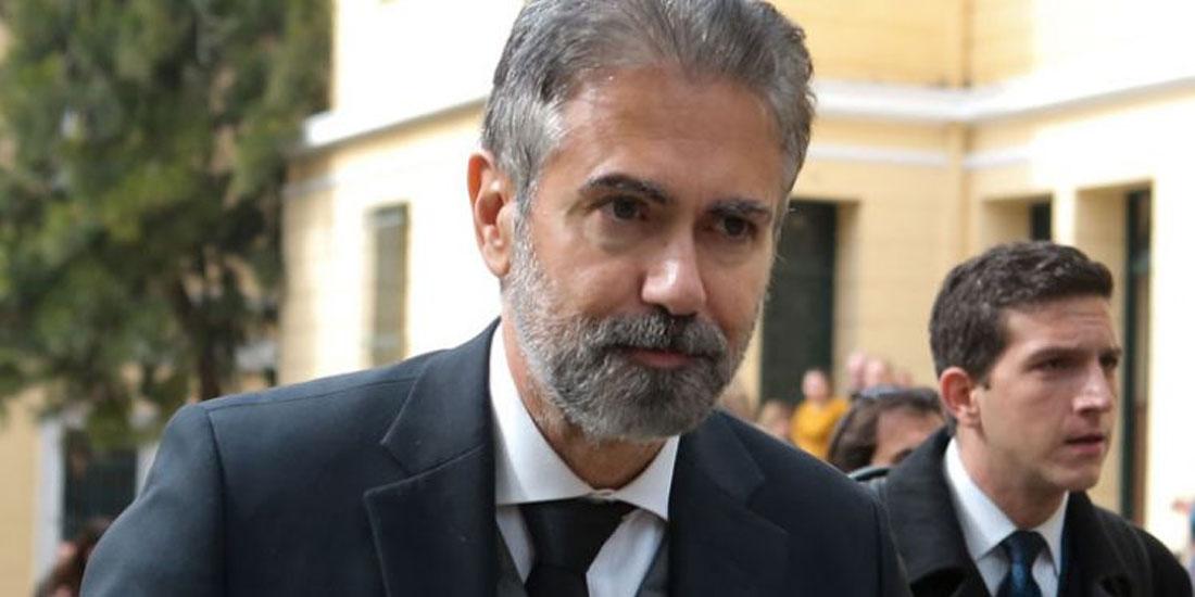 Κ. Φρουζής: «Δεν μετέφερα στο Σαμαρά ούτε τροχήλατη βαλίτσα...ούτε ιπτάμενη»
