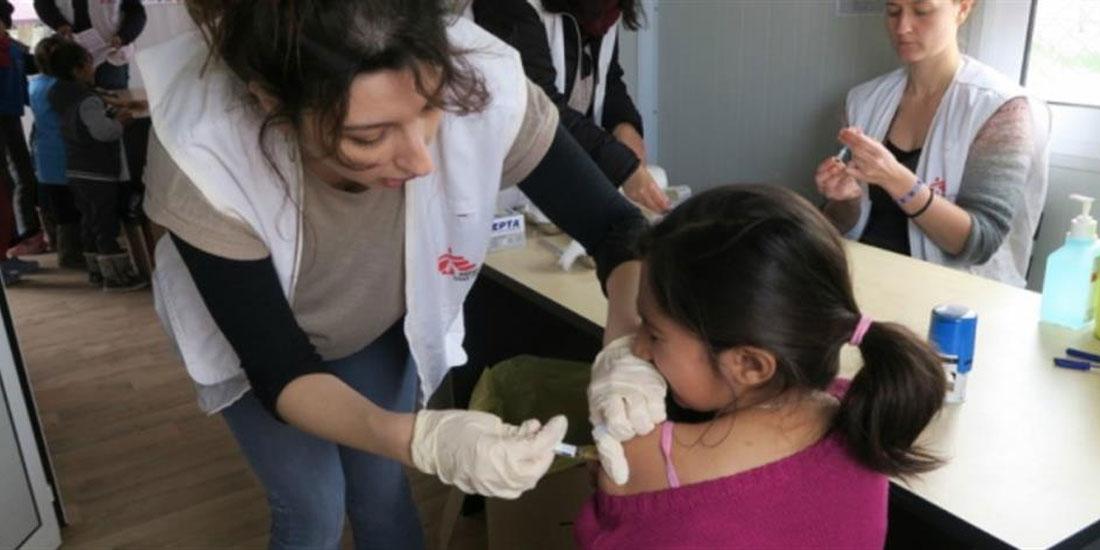 ΕΟΔΥ: Από σήμερα αρχίζει ο μαζικός εμβολιασμός παιδιών στη Μόρια της Λέσβου