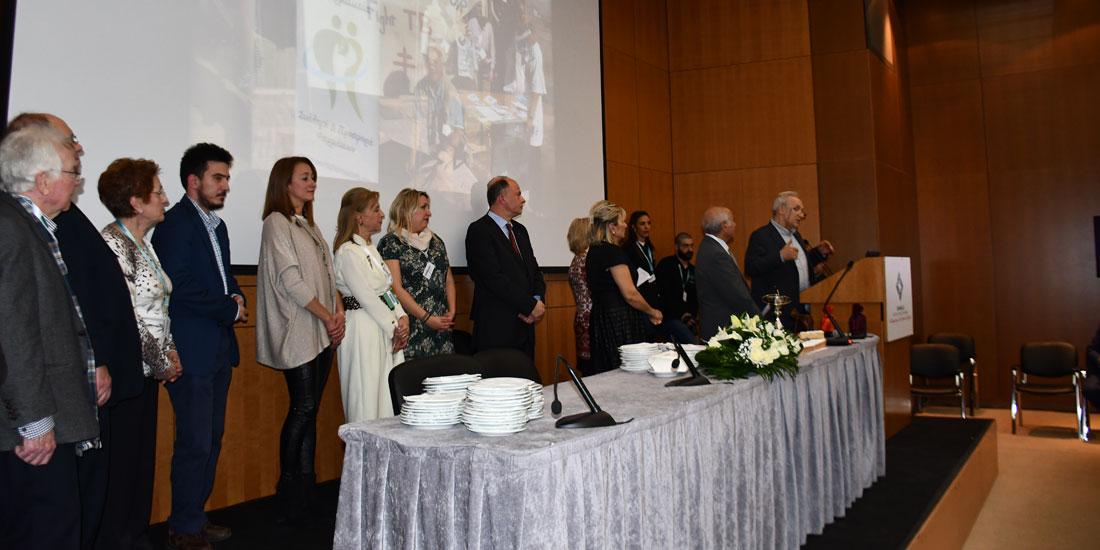 Δέσμευση Απ. Βαλτά για στήριξη του έργου των φαρμακοποιών του Κόσμου