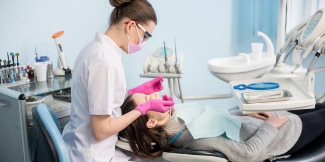 Κρίση του νέου κορωνοϊού: Μόνο τα έκτακτα περιστατικά στα οδοντιατρεία