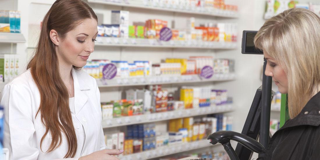 Οι φαρμακοποιοί ζητούν στήριξη και σκληραίνουν τη στάση τους απέναντι σε όσους τους εμφανίζουν κερδοσκόπους