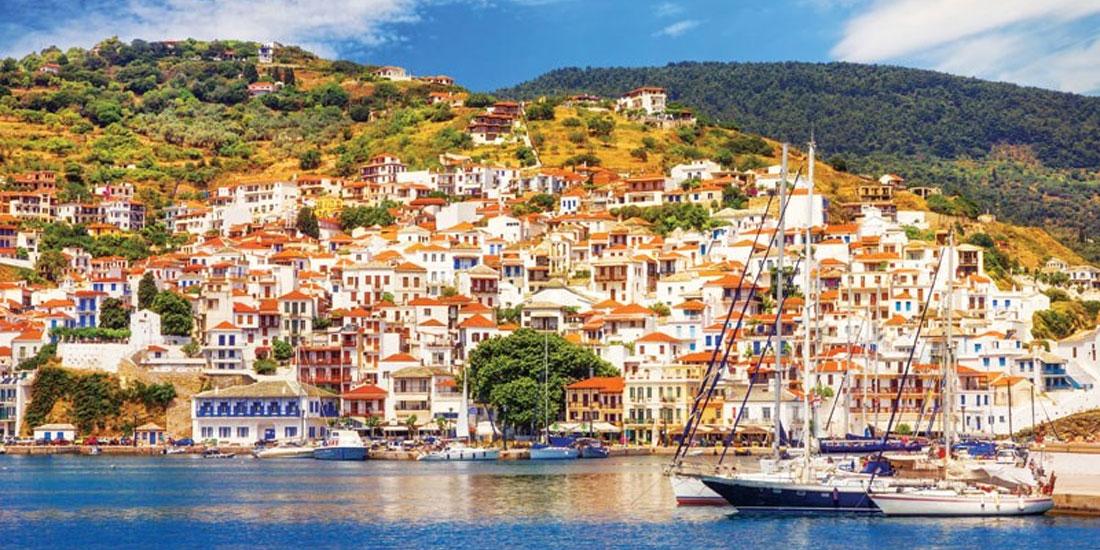 Πλήρη απαγόρευση μετακινήσεων και υποχρεωτική καραντίνα όσων μετακινούνται εκτός νησιών, ζητούν οι δήμαρχοι Σκιάθου, Σκοπέλου και Αλοννήσου