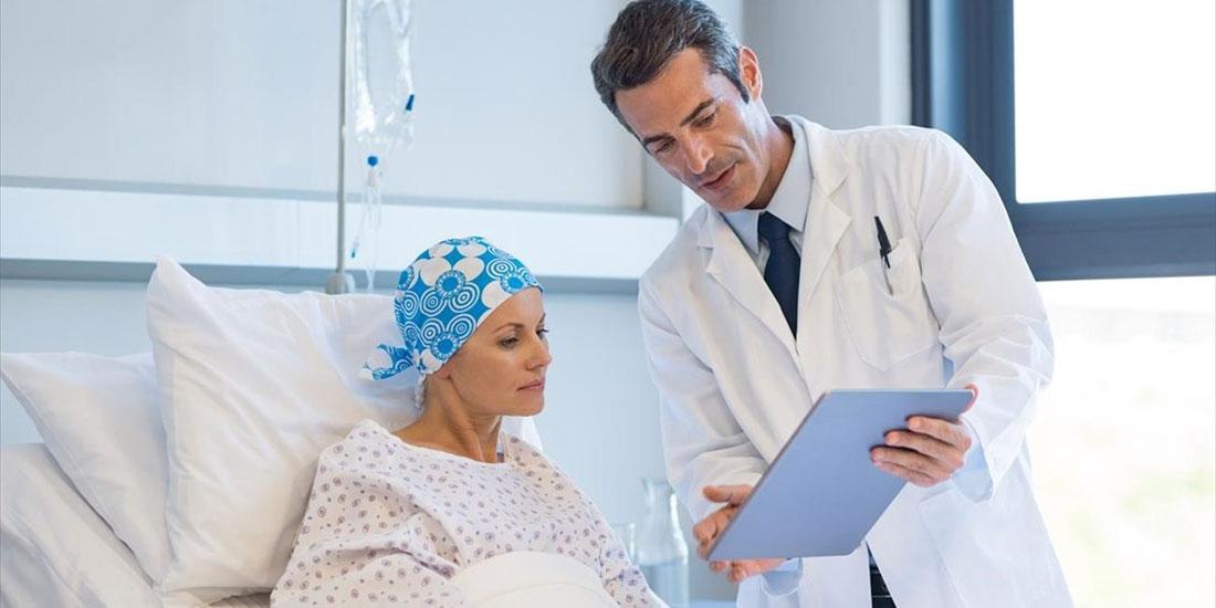 Οι ογκολογικοί ασθενείς στη δίνη του νέου κορωνοϊού. Όλα όσα πρέπει να γνωρίζουν