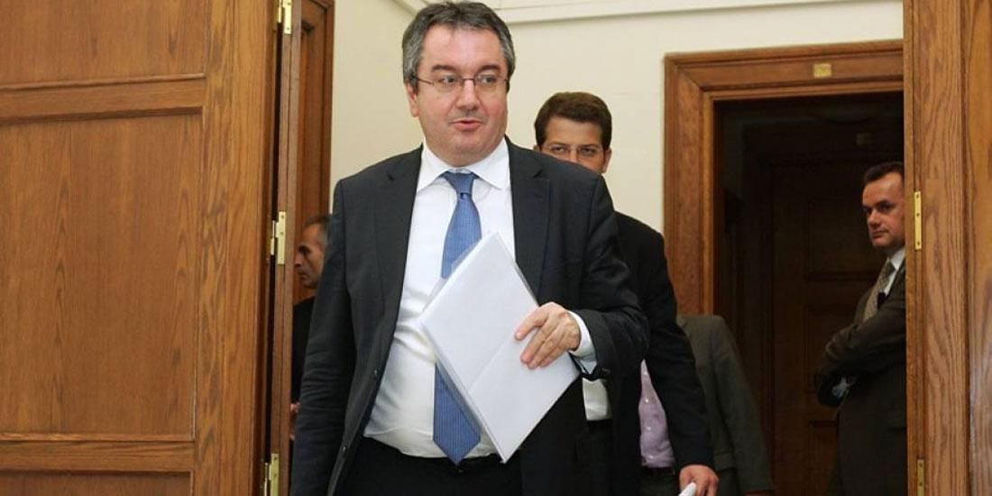 Η. Μόσιαλος: «Εύχομαι να ξεπεράσει την ασθένεια ο Βρετανός πρωθυπουργός αλλά...»