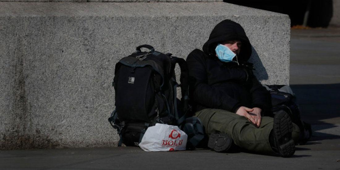 Η κρίση που προκαλεί η πανδημία απειλεί να βυθίσει επιπλέον μισό δισεκατομμύριο ανθρώπους στη φτώχεια