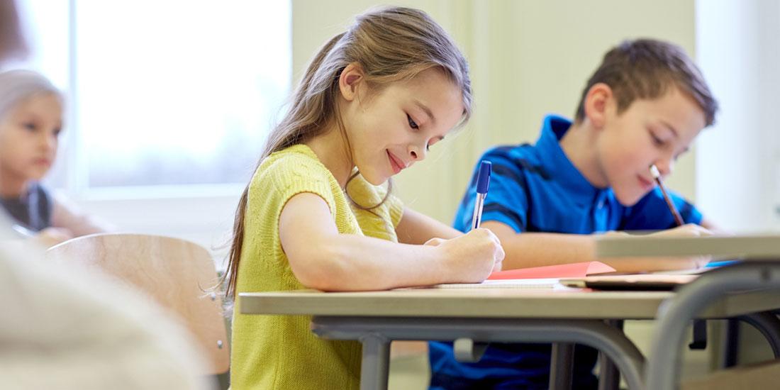 Aνοίγουν ξανά, σταδιακά και με προφυλάξεις τα σχολεία στις χώρες της Ευρώπης