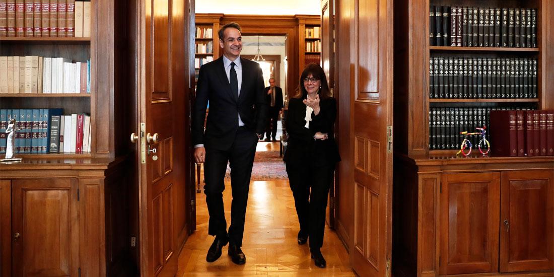 Στο Προεδρικό Μέγαρο στις 12 το μεσημέρι ο πρωθυπουργός Κυριάκος Μητσοτάκης