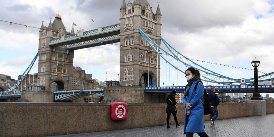 Βρετανία: Ο απολογισμός των θανάτων πλησιάζει τις 43.000, σύμφωνα με επίσημα στοιχεία