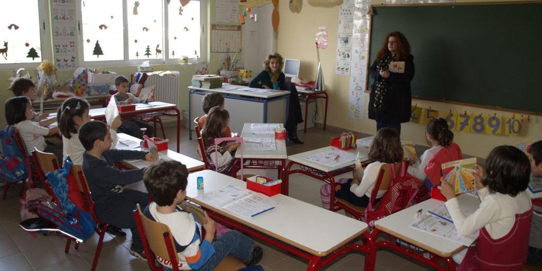 Άνοιγμα δημοτικών σχολείων: Τα υπέρ και τα κατά - Πού γέρνει η ζυγαριά