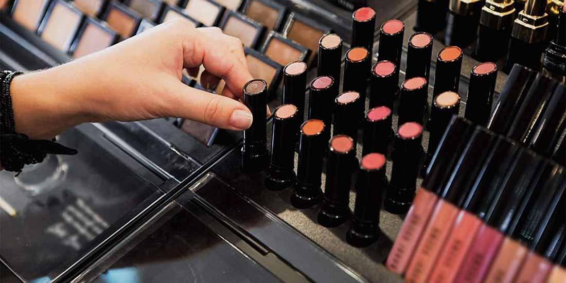 Ενημέρωση από ΠΦΣ για την απόσυρση και μη διάθεση προϊόντων δειγματισμού στους καταναλωτές από τα φαρμακεία