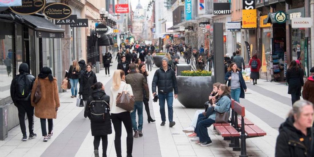 Σουηδία: Μειώνεται αλλά παραμένει υψηλή η εμπιστοσύνη των πολιτών στην ικανότητα της κυβέρνησης να αντιμετωπίσει την πανδημία