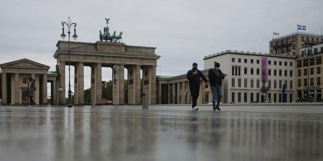 Covid-19: Η Ευρώπη παρατείνει και αυστηροποιεί τα lockdowns