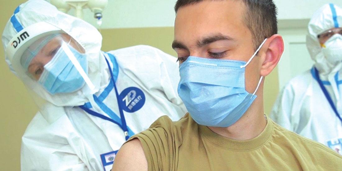 Εμβολιασμό και σε ιδιωτικά ιατρεία και δύο δωρεάν τεστ την εβδομάδα για όλους σχεδιάζει το υπ. Υγείας  της Γερμανίας