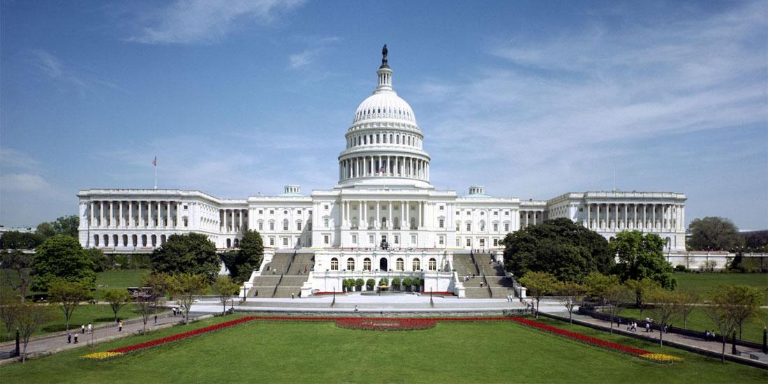 Ο Λευκός Οίκος ενθαρρύνει τον υποχρεωτικό χαρακτήρα των εμβολιασμών