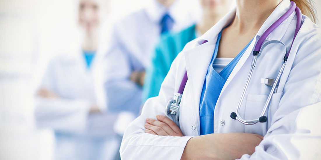 Οι ιατροί των Κέντρων Υγείας μετατρέπονται σε «Οικογενειακούς» και θα ξεκινούν το φάκελο ασθενούς.
