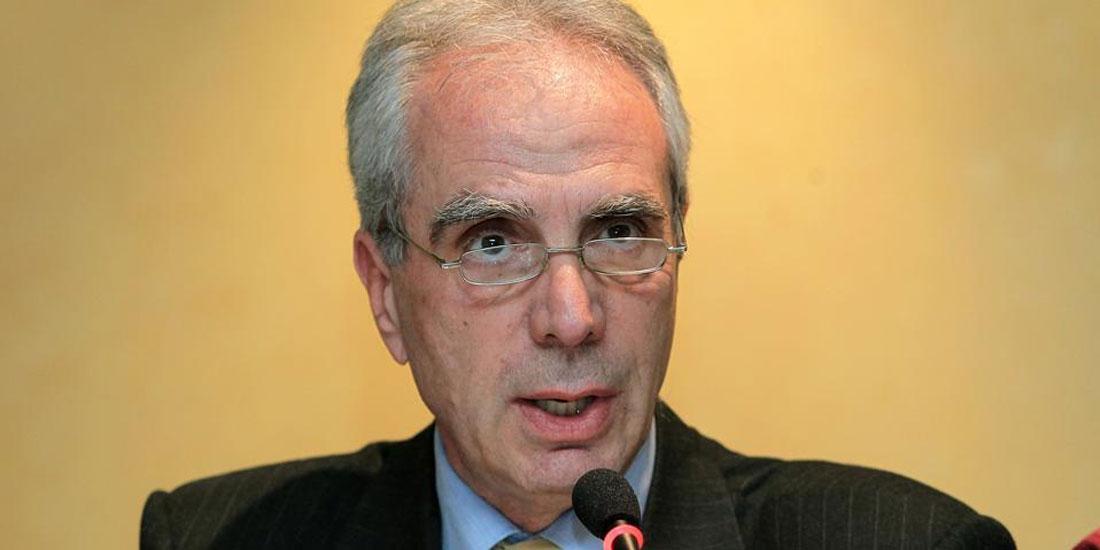 Λουράντος για θεσμοθέτηση προσφερόμενων υπηρεσιών από το φαρμακείο: Είναι θέμα αθέμιτου ανταγωνισμού...