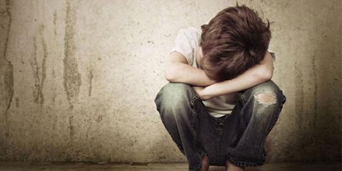 Μόνο δέκα στα εκατό περιστατικά κακοποίησης παιδιών καταλήγουν σε ιατροδικαστική δομή, αναφέρει ο πρόεδρος των Ιατροδικαστών, Γρ. Λέων