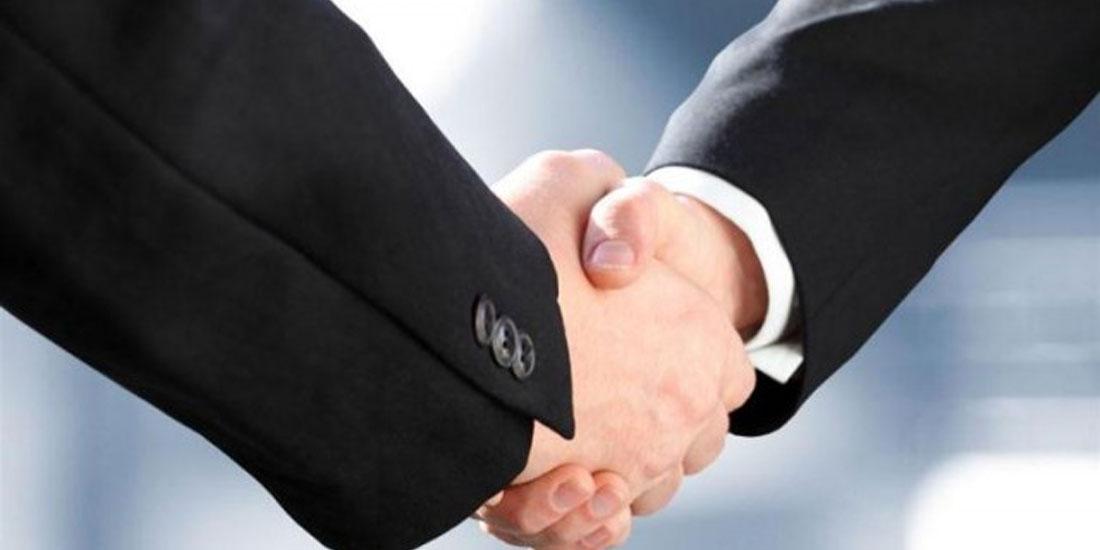 Συνεργασία ΣΕΒ με τον όμιλο Fitch για τις εξαγωγές