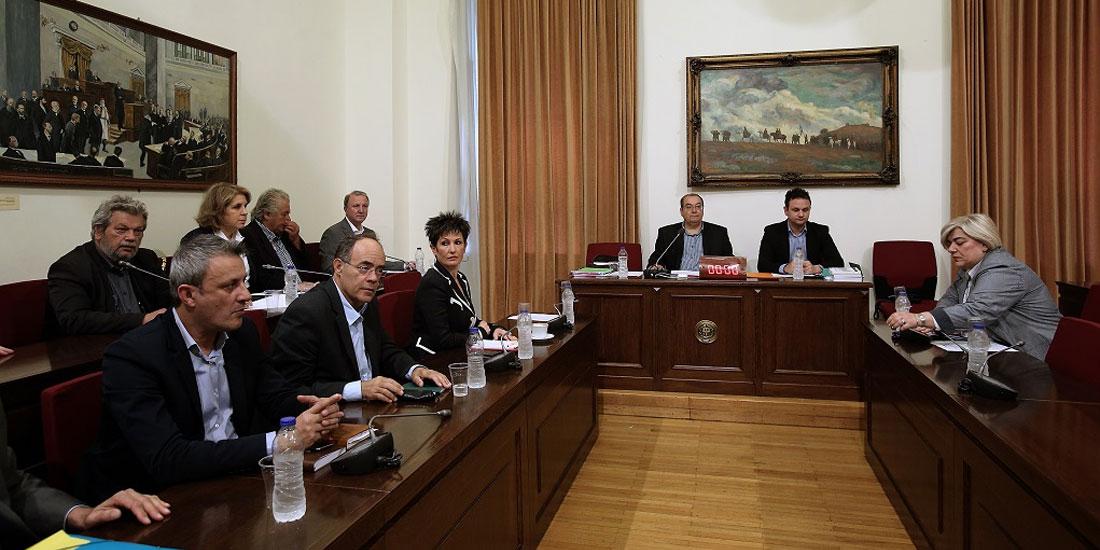 Βουλή-Εξεταστική για την Υγεία: «Οι φαρμακευτικές εταιρείες οφείλουν να κερδίσουν όχι να κερδοσκοπήσουν», τόνισε  η πρόεδρος του ΕΟΦ