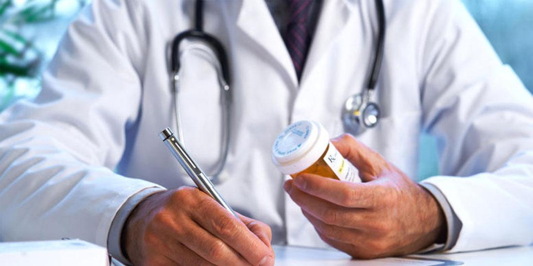 Επικίνδυνη για τη δημόσια υγεία η συνταγογράφηση της δραστικής χωρίς αναφορά της εμπορικής ονομασίας λένε οι γιατροί της Αθήνας