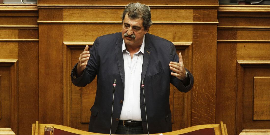 Πολάκης: Η παραίτηση του προέδρου του ΕΚΑΒ δε σχετίζεται με τις πυρκαγιές στην Αττική
