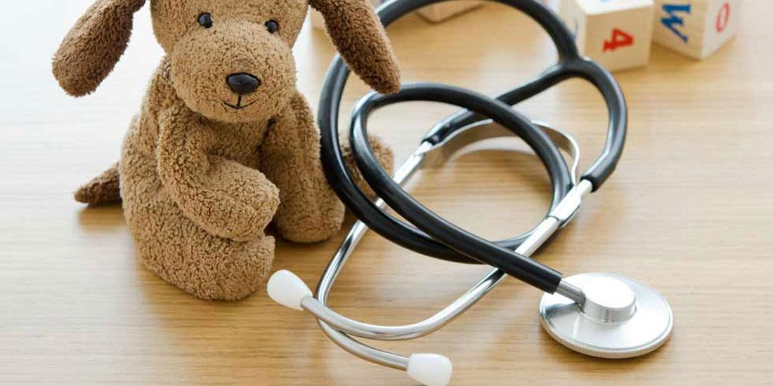 Υποχρεωτική πλέον η εξέταση των εφήβων, ηλικίας έως 16 ετών, από παιδίατρο