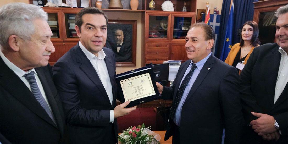 Έργα πνοής για την Κάλυμνο ανακοίνωσε ο Αλ. Τσίπρας