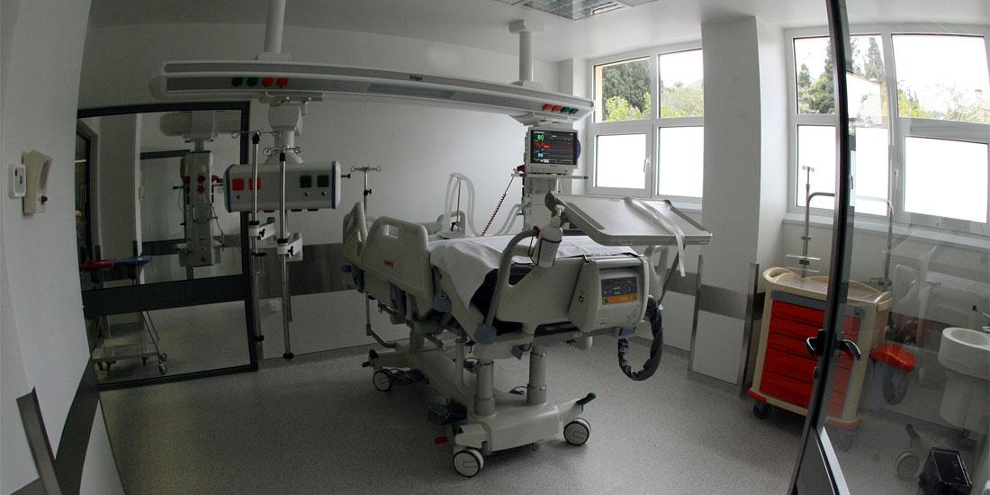 Υπεγράφησαν οι πρώτες επτά εγκρίσεις ύψους 5,5 εκατ. ευρώ για την προμήθεια εξοπλισμού σε νοσοκομεία της Αττικής